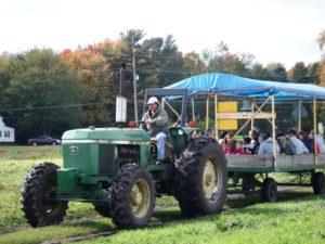 Fall Hayrides @ Graf's Garden Shop | Akron | Ohio | United States