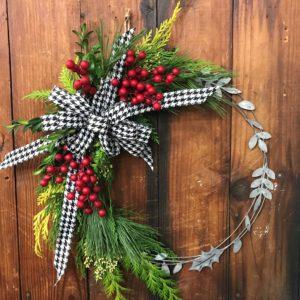 Modern Wreaths and Wine Workshop @ Graf's Garden Shop | Akron | Ohio | United States